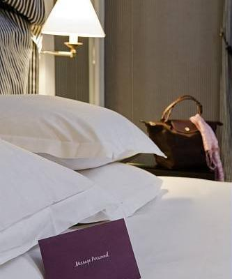 фото отеля Mercure Champs Elysees изображение №5