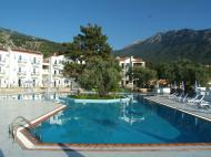 Sunshine Holiday Resort, 4*