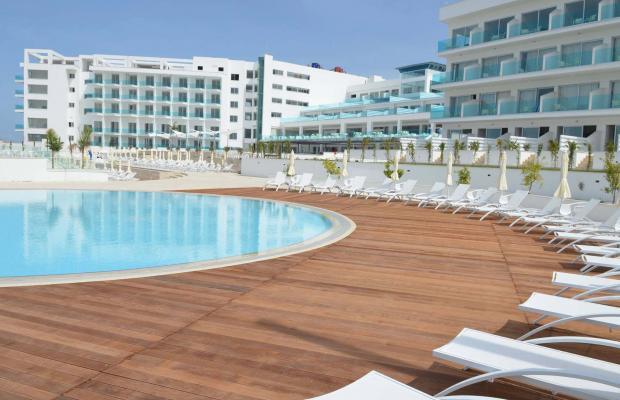 фото King Evelthon Beach Hotel & Resort изображение №90