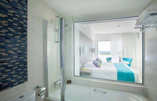 фото отеля King Evelthon Beach Hotel & Resort изображение №37
