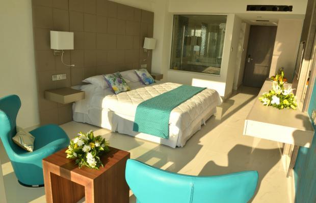 фото отеля King Evelthon Beach Hotel & Resort изображение №9