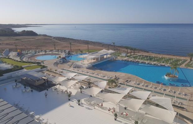 фото King Evelthon Beach Hotel & Resort изображение №2