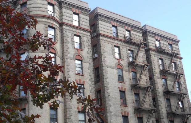 фото A Greenwich Village Habitue изображение №6