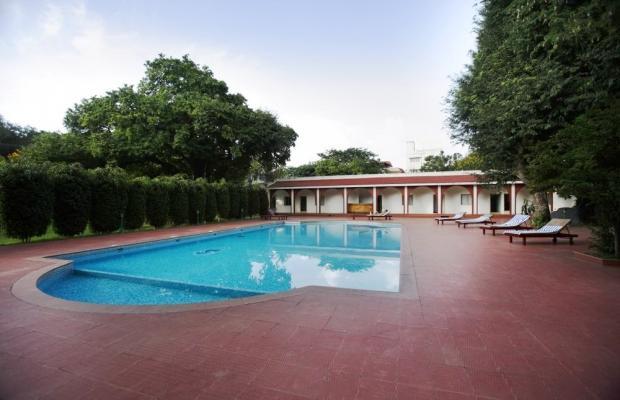 фото отеля Jayamahal Palace изображение №1