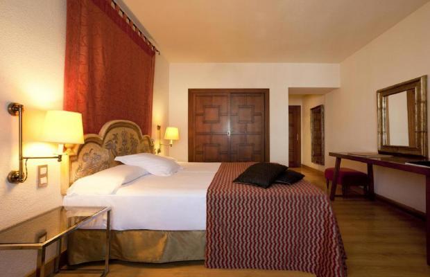 фото отеля Hesperia Sevilla изображение №17