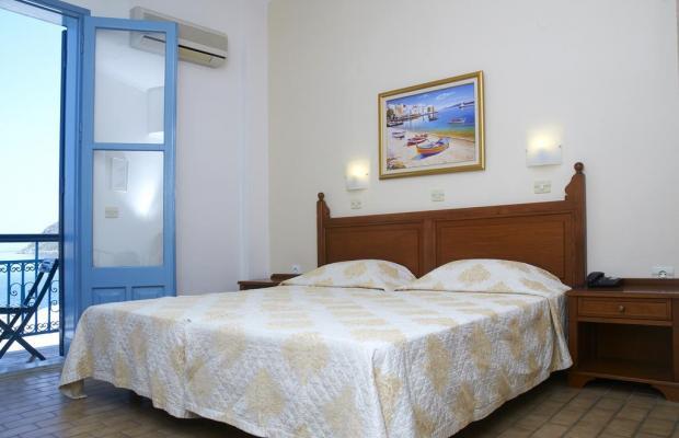 фото отеля Nireus Hotel изображение №9