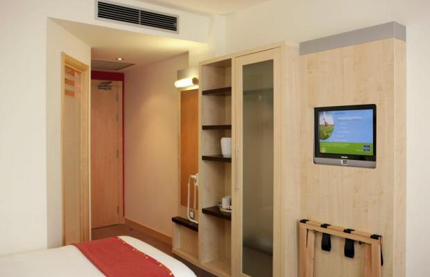 фото отеля Holiday Inn Express Barcelona - City 22 изображение №21