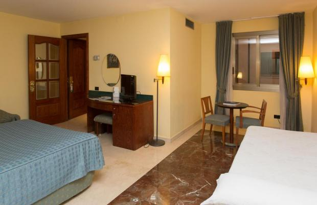 фотографии Gran Hotel Barcino изображение №12