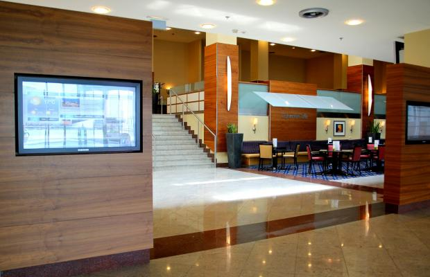 фото Courtyard by Marriott Warsaw Airport изображение №6