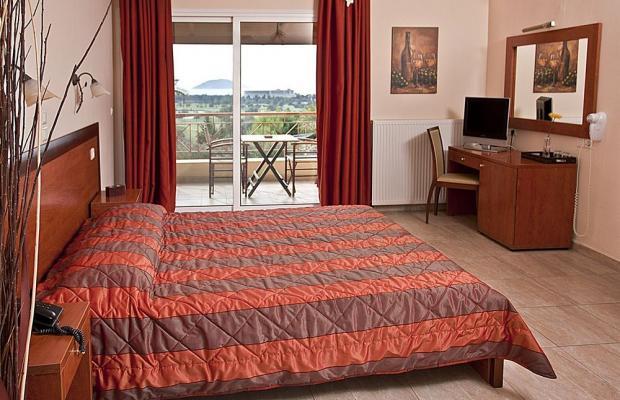 фото отеля Kelyfos Hotel изображение №33