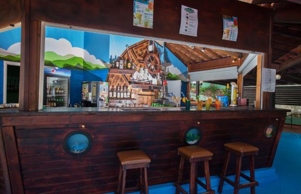 фотографии отеля Adelais Bay изображение №15