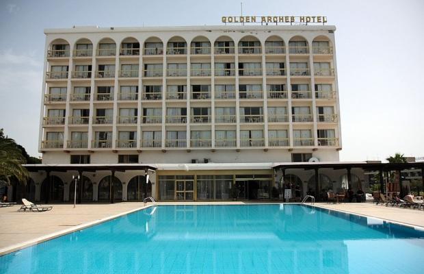 фото отеля Golden Arches Hotel изображение №1