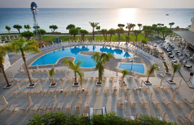 фото отеля Pernera Beach Hotel изображение №9