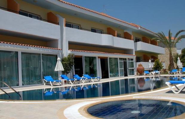 фото отеля M. Moniatis Hotel изображение №1