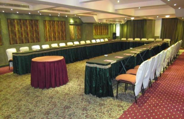 фотографии The Bell Hotel & Convention Centre изображение №4