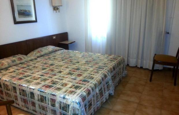 фотографии отеля Hostal del Sol изображение №3
