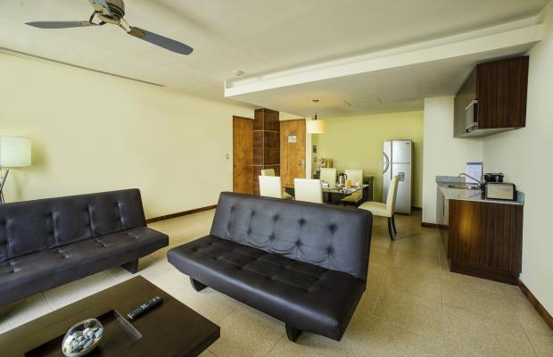 фото отеля Krystal Urban Cancun (ex. B2b Malecon Plaza Hotel & Convention Center) изображение №17