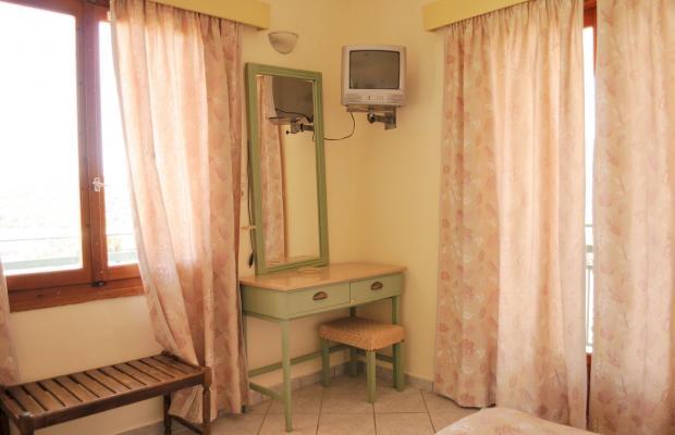 фотографии Hotel Karyatides изображение №4