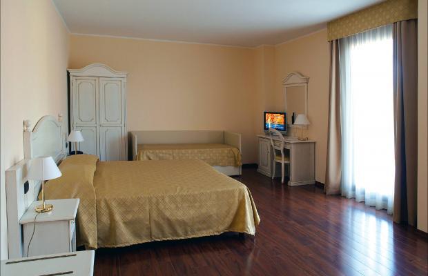фотографии отеля International Hotel изображение №3