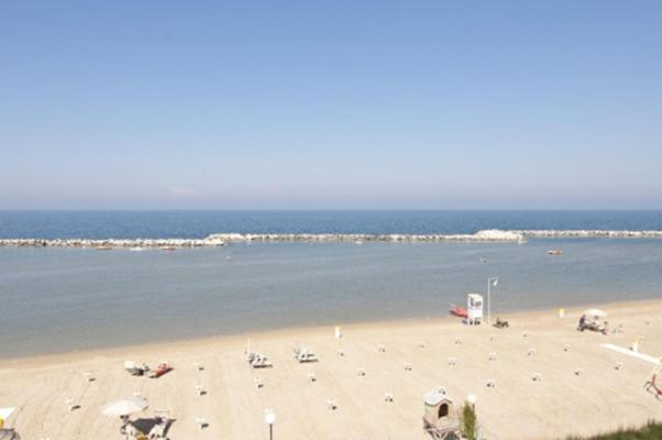 фото отеля Flora Rimini изображение №9