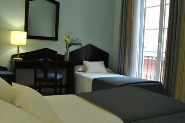 фотографии отеля Navas изображение №7