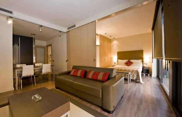 фото отеля Apartamentos Casp74 изображение №29