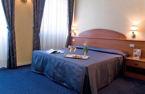 фотографии отеля Hotel Laura изображение №11