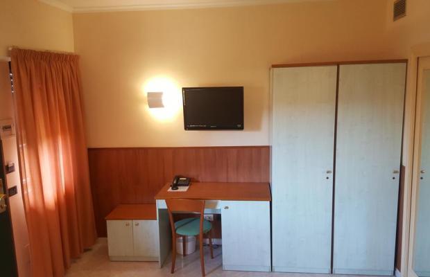 фотографии отеля Laurence Hotel изображение №11