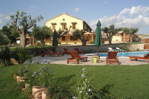 фото отеля Poggio agli Ulivi изображение №1