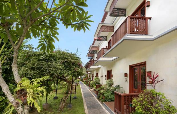 фото Respati Beach Hotel изображение №6