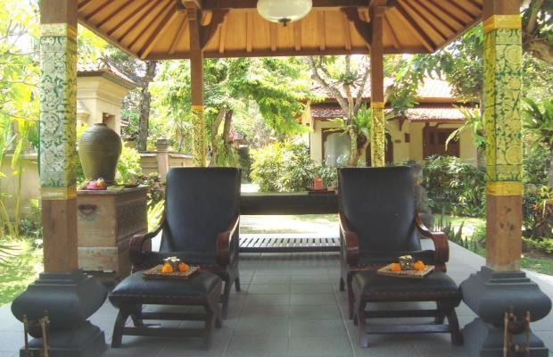 фотографии отеля Besakih Beach Hotel изображение №3