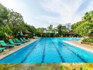 Bumi Surabaya City Resort, 5*