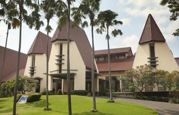 фото Novotel Surabaya Hotel & Suites изображение №10