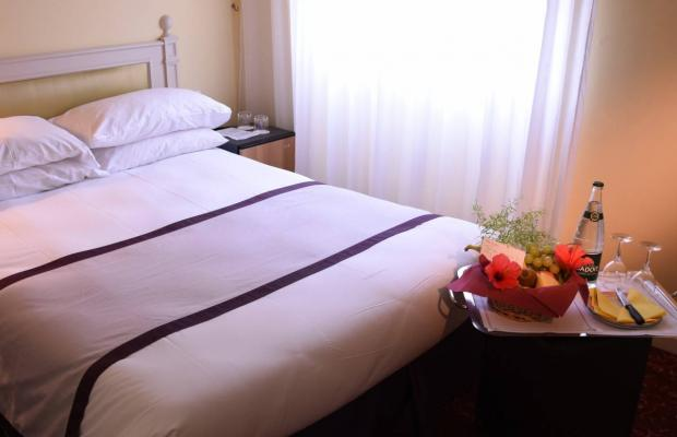 фото Hotel Carlton изображение №2