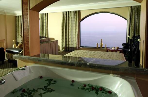фотографии Utopia World Hotel изображение №24