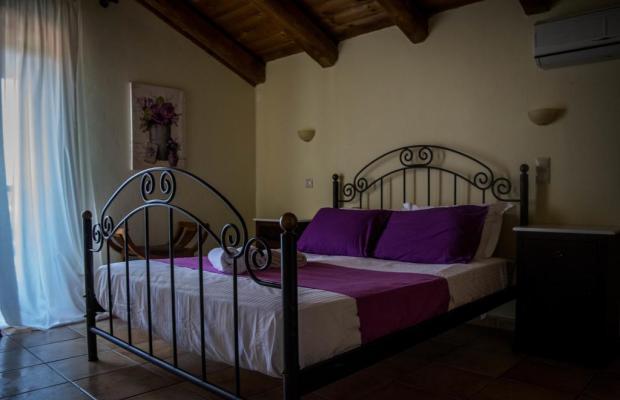 фото отеля Niriides Villas изображение №13