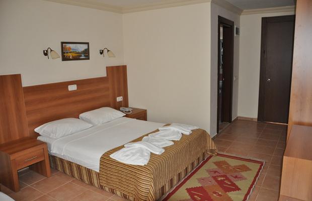 фотографии отеля MOM's Hotel изображение №19