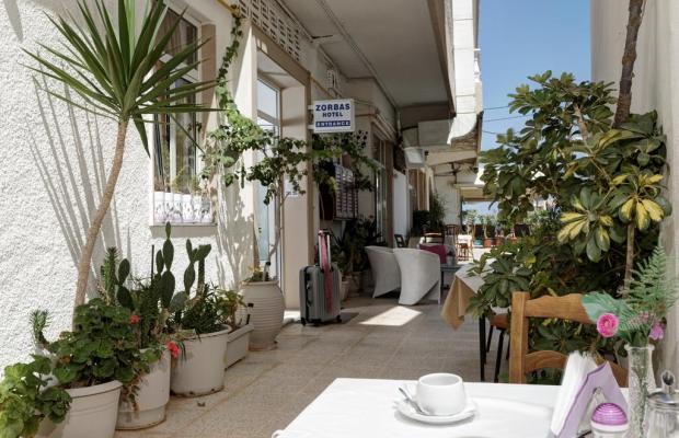 фотографии отеля Zorbas Hotel изображение №7