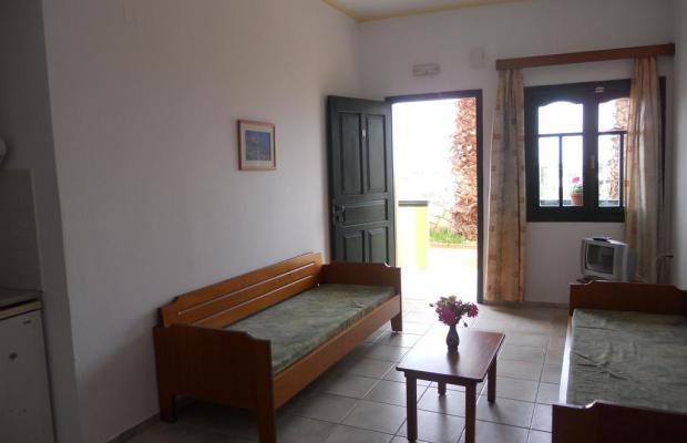 фото Aspri Petra Apartments изображение №50