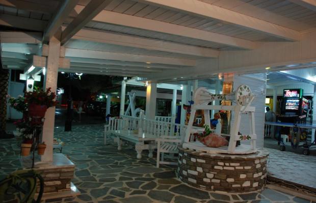 фото отеля Diaporos Hotel изображение №17