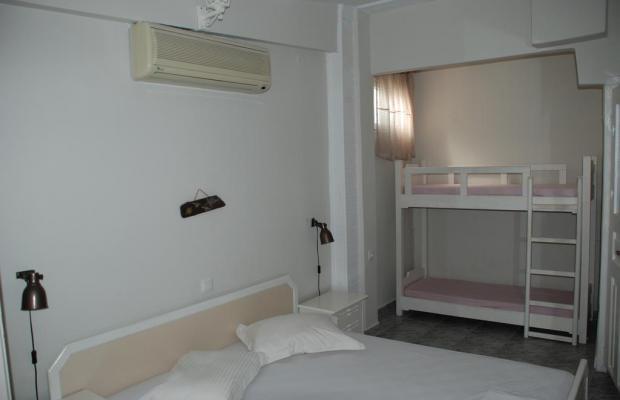 фото отеля Diaporos Hotel изображение №13
