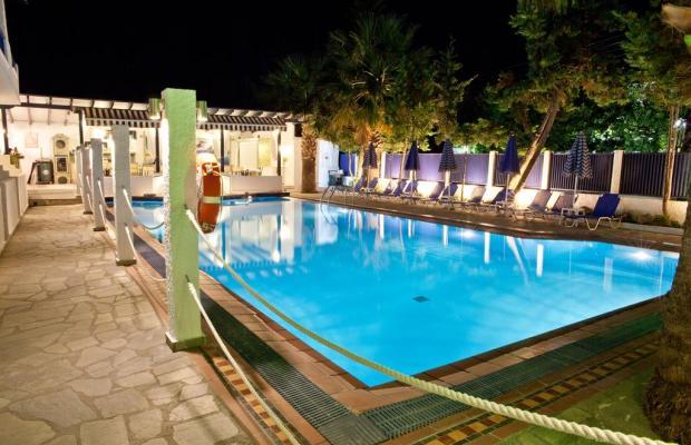 фотографии отеля Ariandi Blue Hotel изображение №19