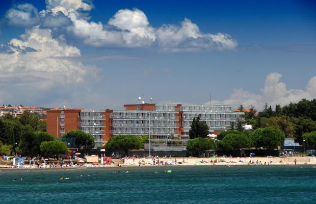 фото отеля Holiday изображение №33