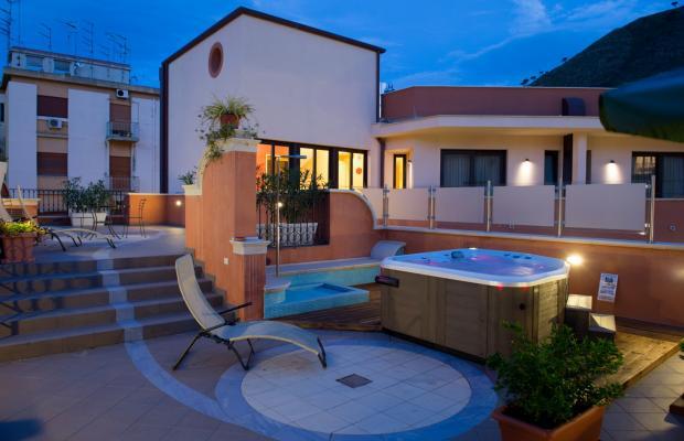 фото Artemis Hotel изображение №18