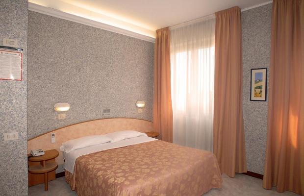 фото отеля Hotel Milton Iris изображение №21