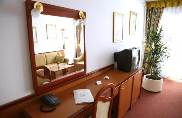 фото Hotel I изображение №26