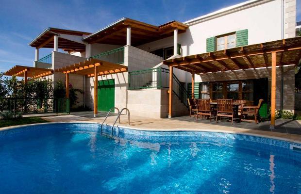 фото отеля Villa Dane (Villa Red Pharos) изображение №1