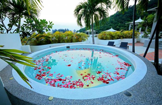 фото Phunawa Karon Beach Resort & Spa (ex. Karon Sovereign All Suites Resort; Dewa Karon) изображение №6