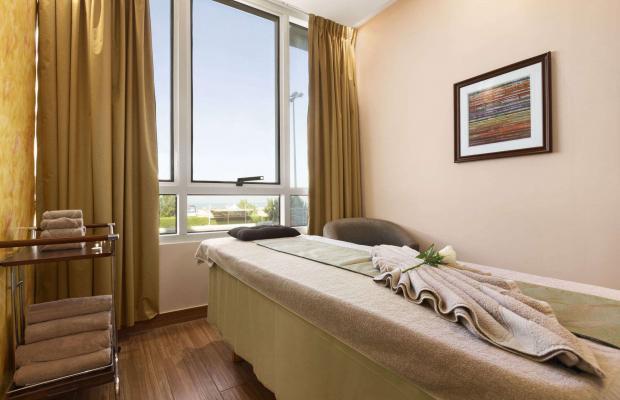 фотографии Ramada Beach Hotel (ex. Landmark Suites Ajman; Coral Suites) изображение №8