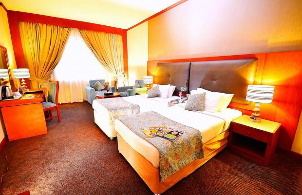 фото отеля Summit Hotel (ex. Hallmark Hotel; Commodore; Le Baron) изображение №29